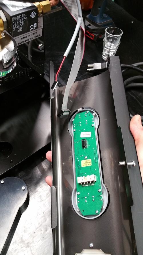 LUCCA A53 Mini / Mini Vivaldi: Replacing the Front Panel